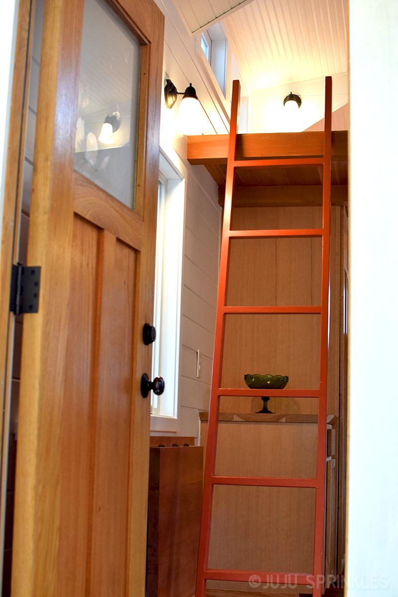 Juju Sprinkles Extreme KonMari Tiny House 8