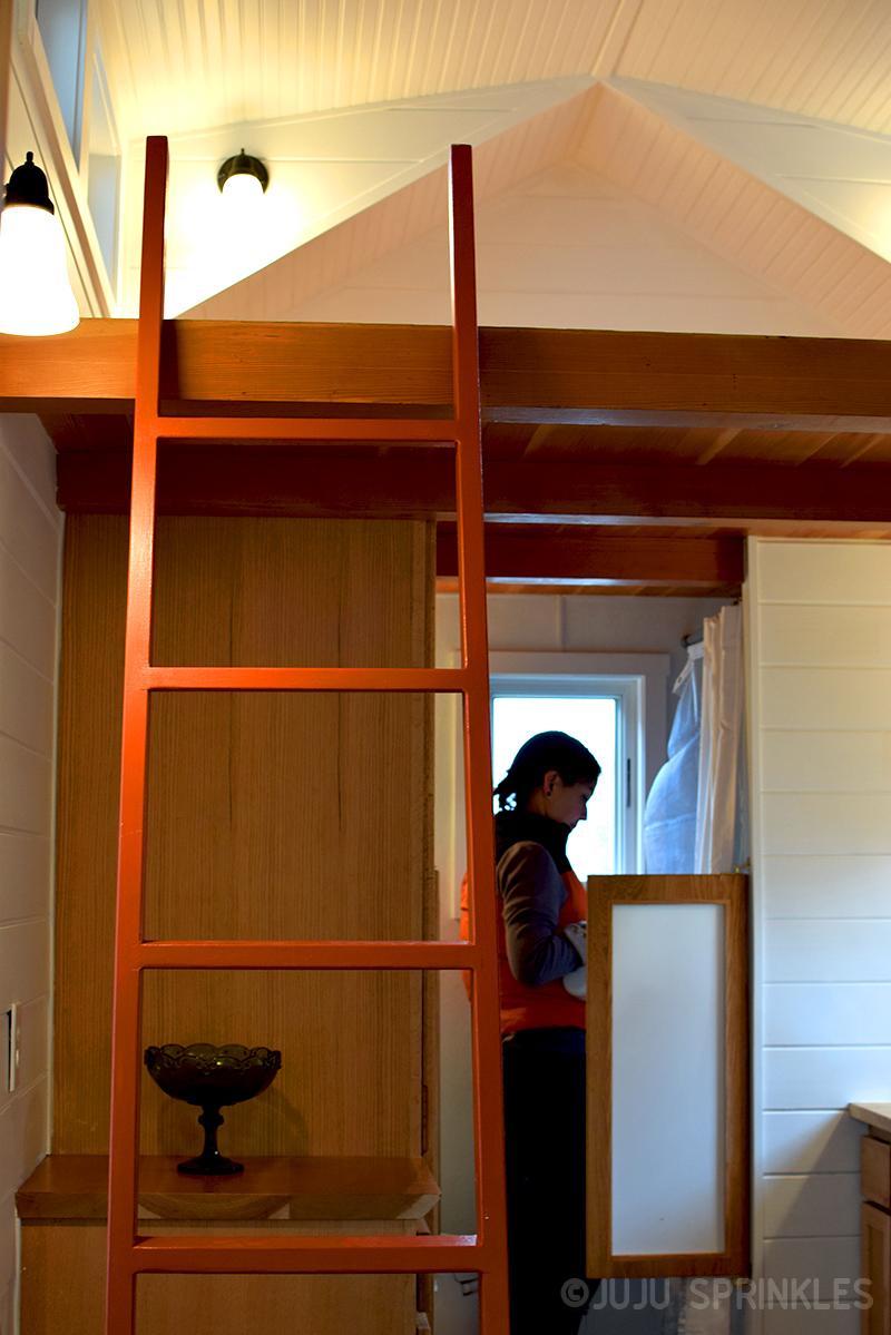 Juju Sprinkles Extreme KonMari Tiny House 9